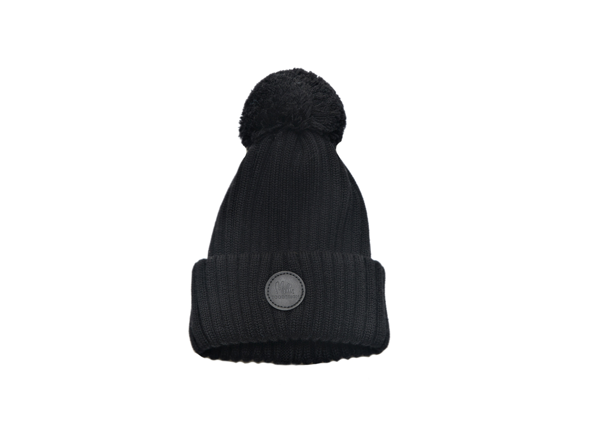 Black merino wool beanie with pom-pom (5-10 y ddffbd8fea3