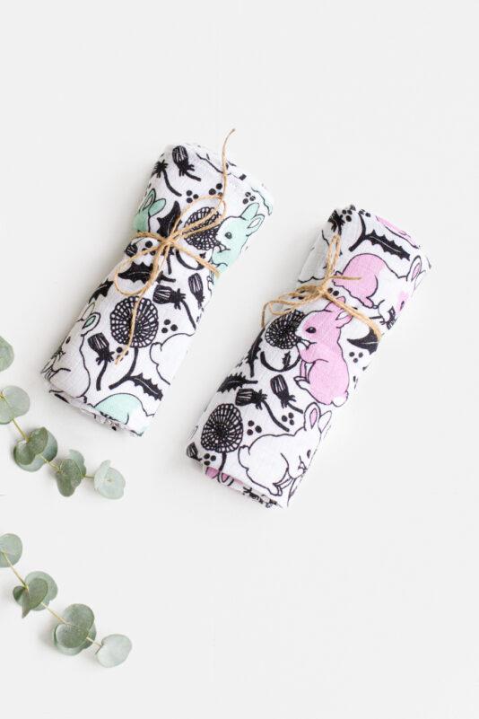 Baby burb cloth Bunny with dandelions