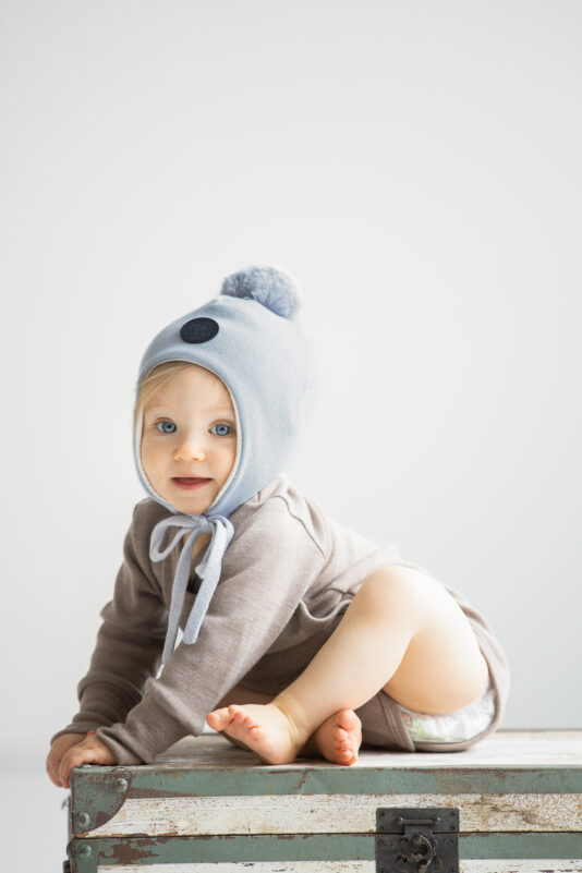 Organic cotton hat with strings grey (0 m-4 y)