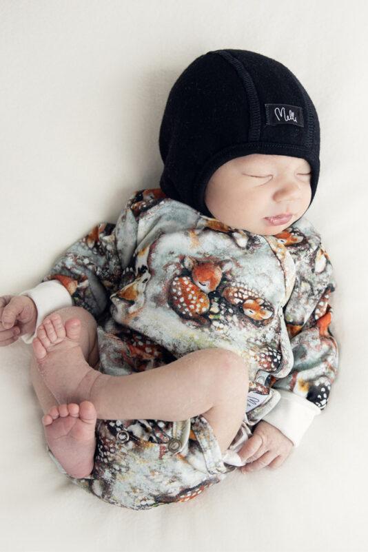 Vauvan kotimainen body