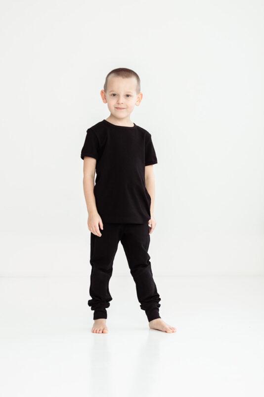 lasten mustat housut