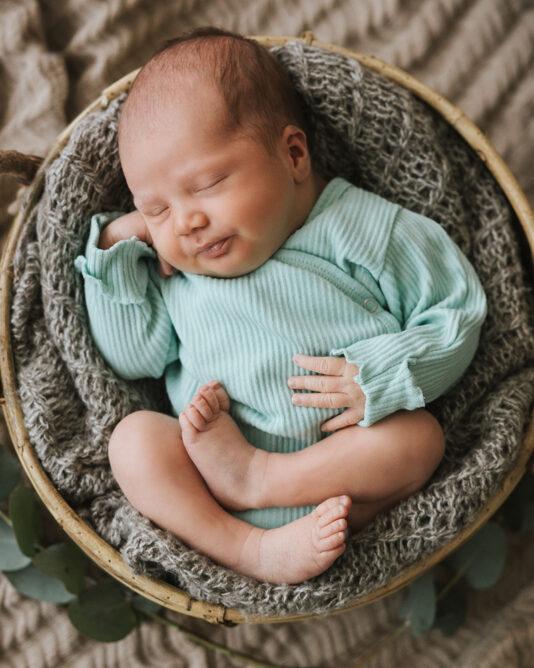 vauvan ribbibody pastillinvihreä